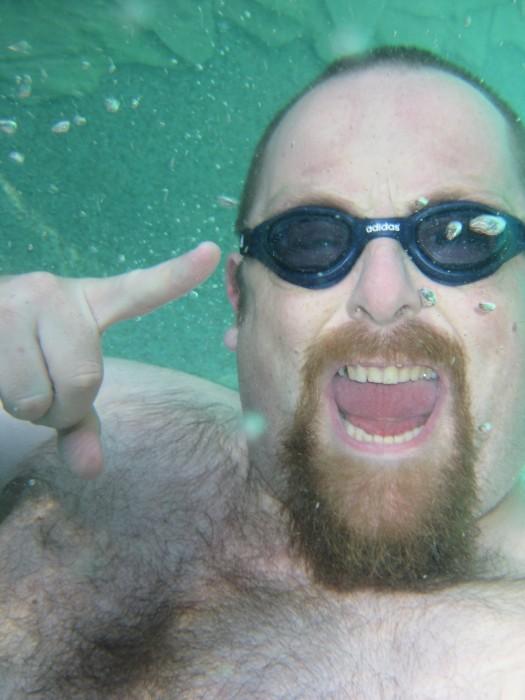 IMG 1801 525x700 Underwater Happy