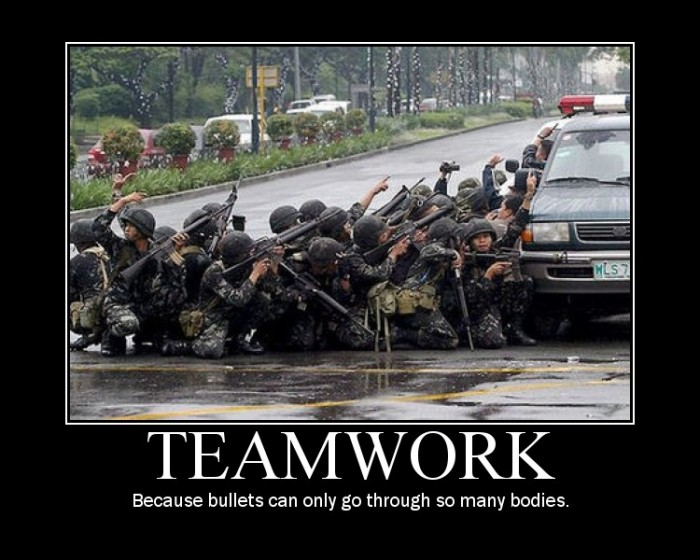 Teamwork in Army 700x560 Motivational Posters wtf NeSFW Humor