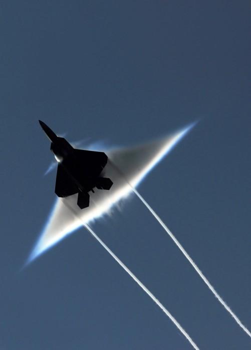 supersonic.jpg (1 MB)