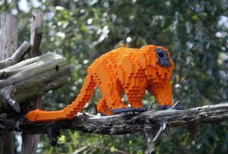 lego-monkey.jpg (41 KB)