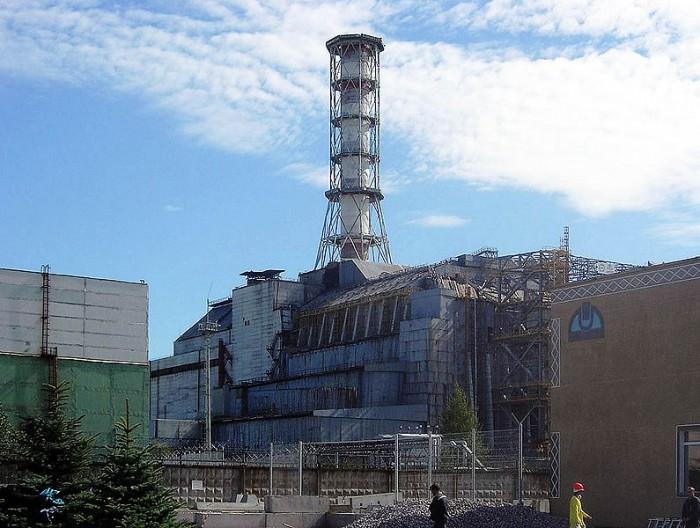 Chernobylreactor_1.jpg (120 KB)