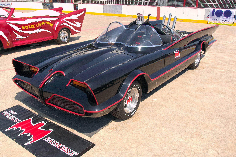 1960s_Batmobile_(FMC).jpg