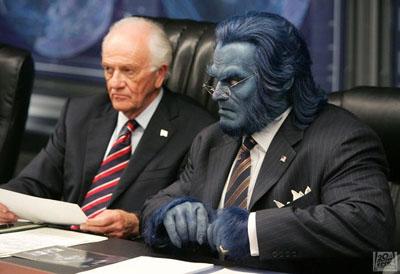 Kelsey Grammer 001 052406 The Blue Men: colloidal silver & argyria