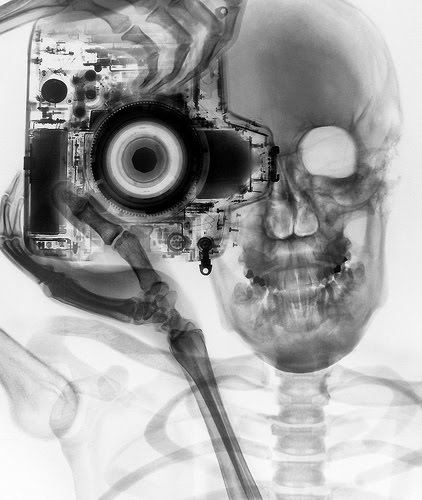 skeleton_camera.jpg (45 KB)