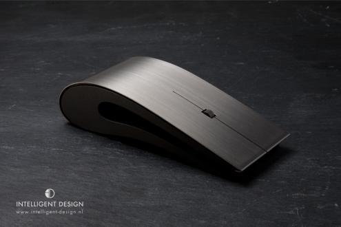7-titanium-id-mouse.jpg (13 KB)