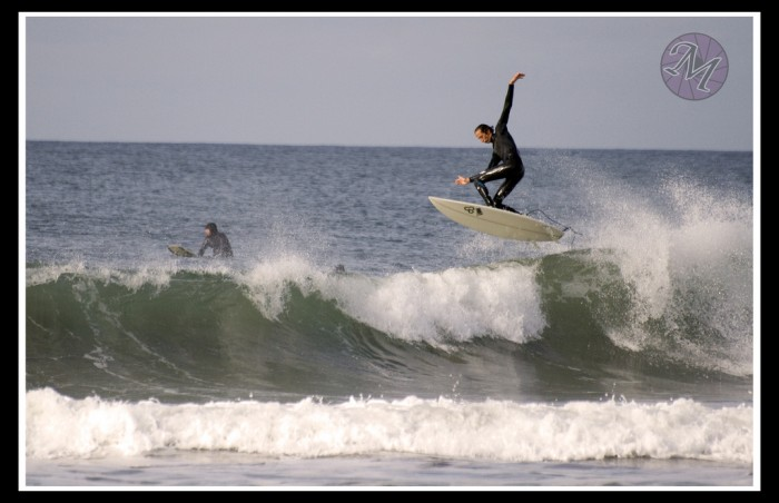 Surfer in air 700x452 Surfer in the air