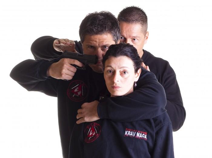 hostage1.jpg (487 KB)