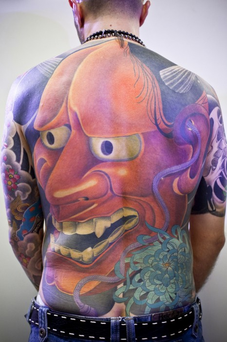 Coolest Back Tattoo Ever.jpg (224 KB)
