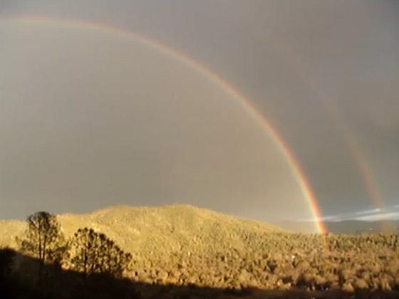 Double-Rainbow-Yosemite-Bear-Mountain.jpg (32 KB)