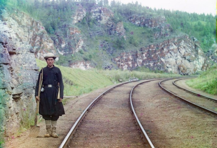 A switch operator poses on the Trans-Siberian Railroad, near the town of Ust Katav on the Yuryuzan River in 1910..jpg (151 KB)