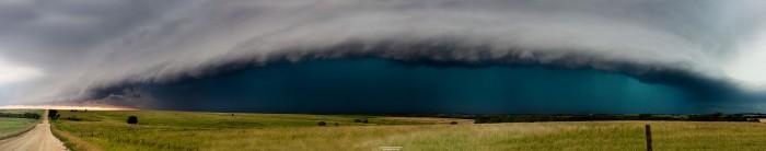 storm.jpg (500 KB)