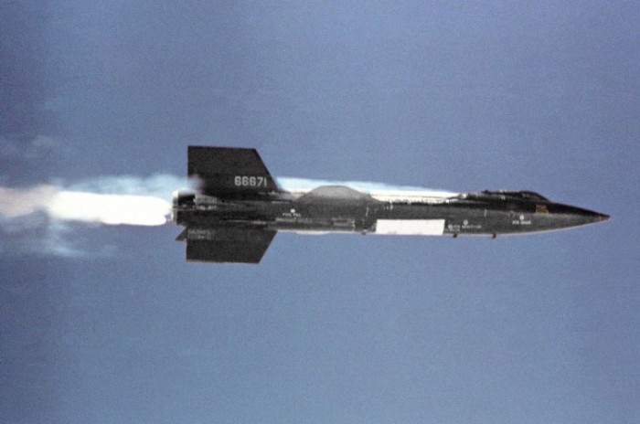 North American X-15_in_flight.jpg (55 KB)