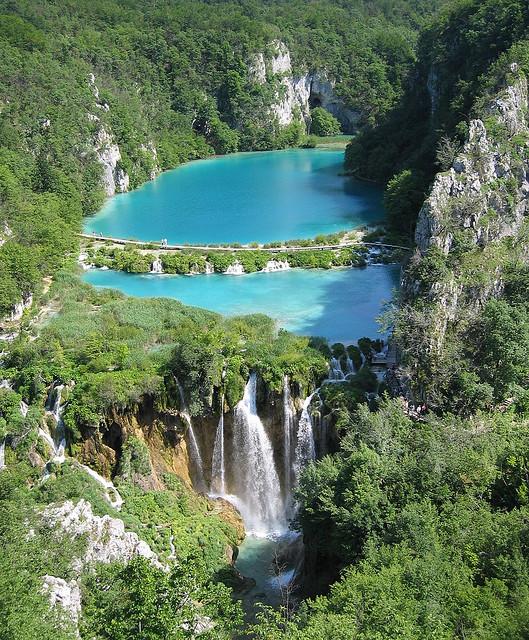 Croatia.jpg (221 KB)