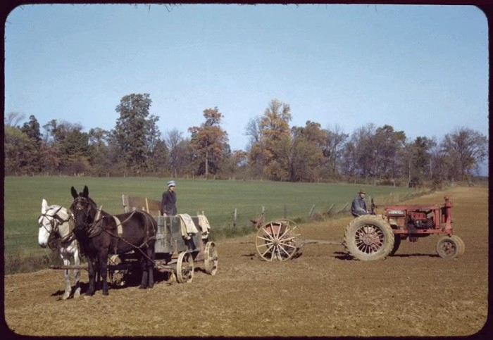 Cush22412 IN Farm Scene 700x483 More Great Depression photos Awesome Things
