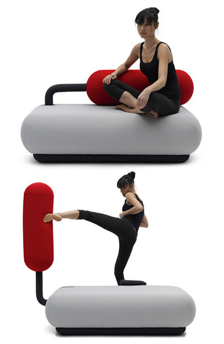boxing-sofa.jpg (29 KB)