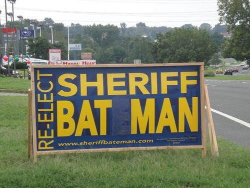 sheriff-bat-man.jpg (54 KB)