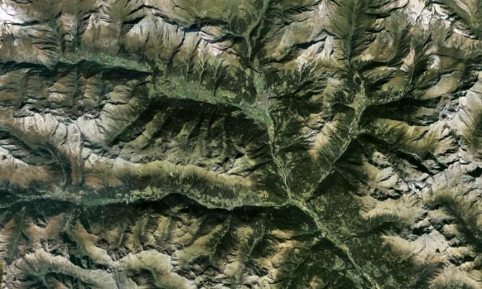 austria.jpg (271 KB)
