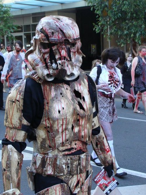 zombie storm trooper.jpg (100 KB)