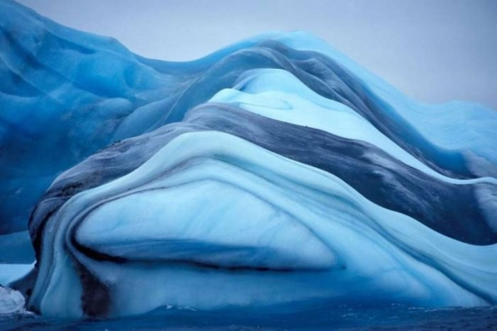 incredible_icebergs_37.jpg (64 KB)