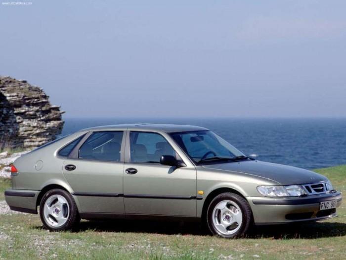 Saab-9-3_1999_800x600_wallpaper_09.jpg (39 KB)
