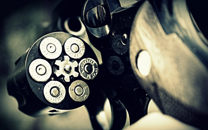 1307455047611 700x437 revolver Weapons Wallpaper