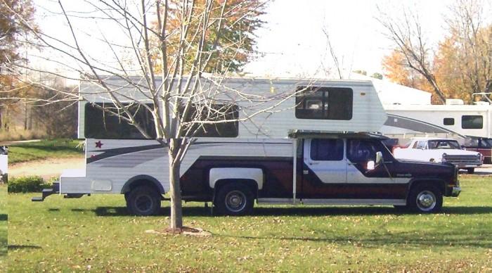 truck-campers1.jpg (209 KB)