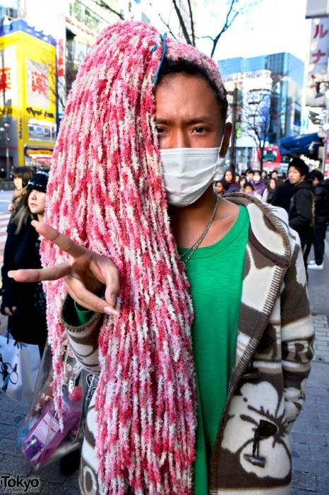Ganguro-Shibuya-2011-02-13-G7663-600x900.jpg (218 KB)
