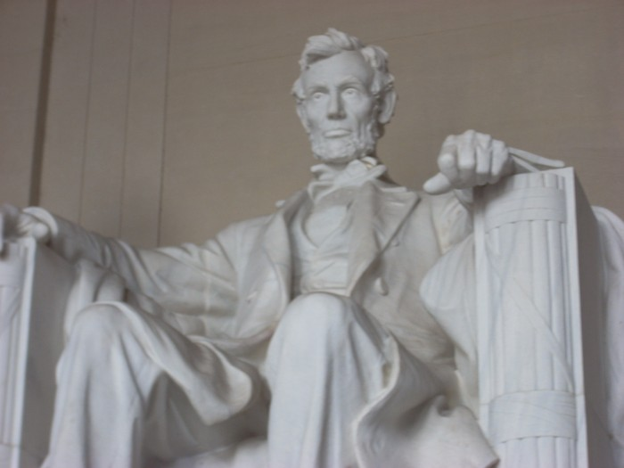 Abraham_Lincoln_Memorial.jpg (1 MB)