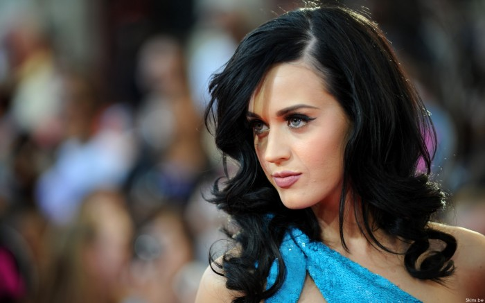 o538019 700x437 blue dress, black hair Wallpaper Sexy katy perry