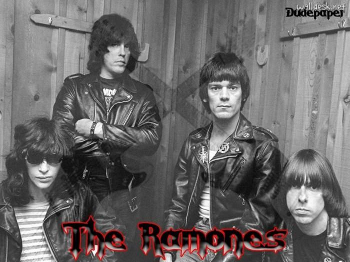Ramones-001.jpg (157 KB)