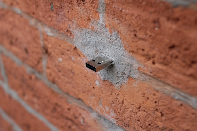 iguZAnerdgloryhole Nerd Glory Hole wtf Computers architecture