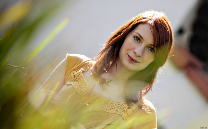 o604149 700x437 felicia day Wallpaper Sexy Felicia Day
