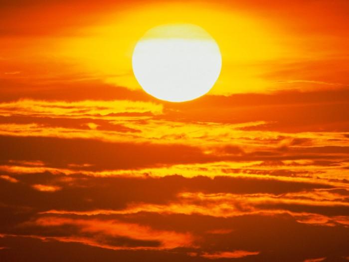 sun 700x525 The Sun Wallpaper Nature