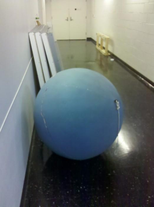 crack u 1 522x700 The Crack of Uranus