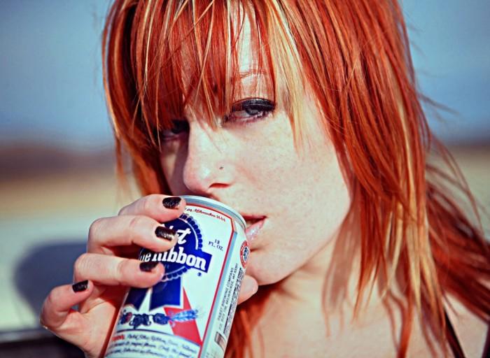 red_beer.jpg (239 KB)