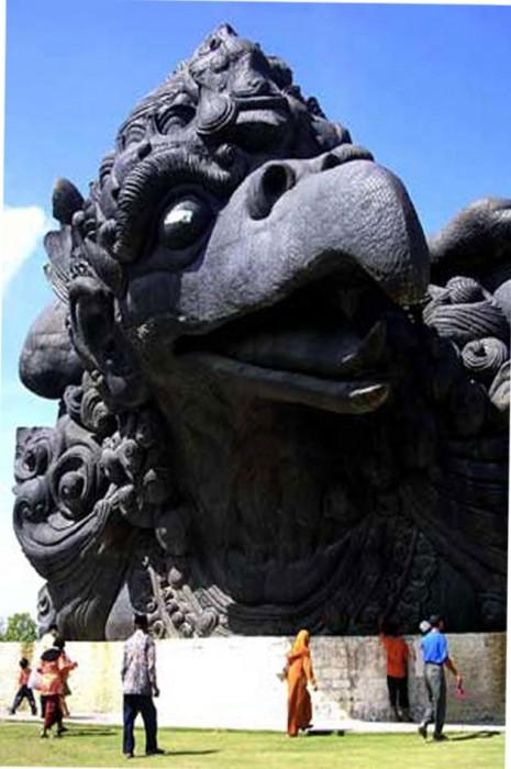 Patung-Garuda-Wisnu-Kencana-bali-5.jpg (96 KB)