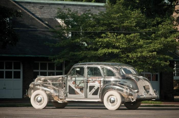 39-Pontiac-Plexiglas-Deluxe-Sedan-RM_SJ-010-1280.jpg (166 KB)
