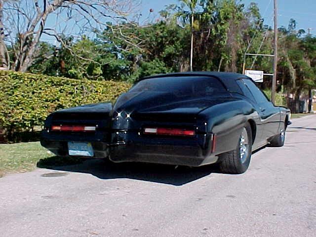 Buick-Riviera-1.jpg (88 KB)