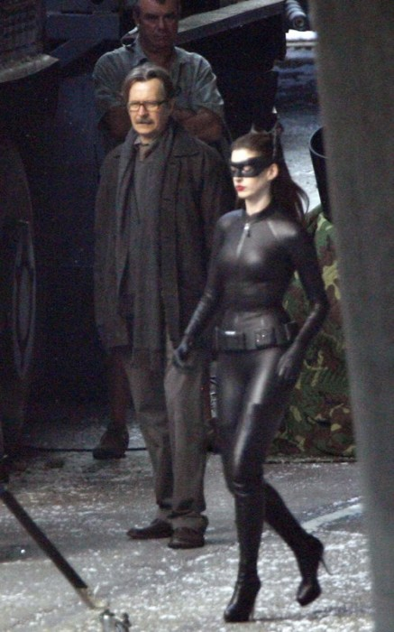 anna hathaway cat1 437x700 Anne Hathaway as Catwoman Sexy Movies Comic Books