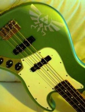 d-bass.JPG (27 KB)