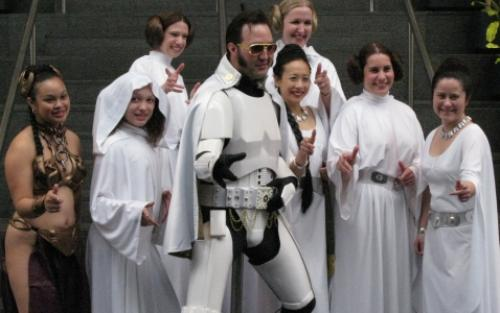 elvisstarwars.thumbnail Elvis pimps out Princess Leia wtf Space Sexy Movies Humor Fantasy   Science Fiction