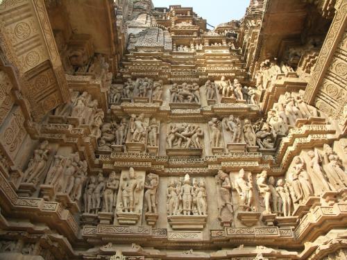khajuraho 00.thumbnail Ancient statues wtf Religion