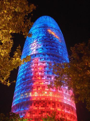 Barcelona_Torre_Agbar_01b.jpg (952 KB)