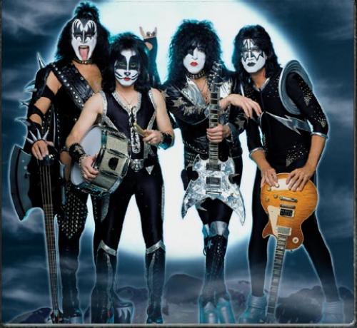Kiss.jpg (86 KB)