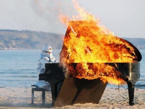 flamepiano 500x376 Flame Piano wtf Music