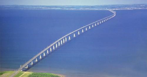 Confederation_Bridge.jpg (43 KB)