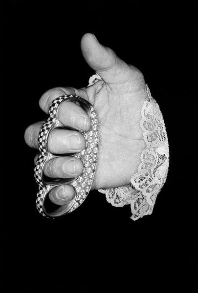 Diamond Encrusted Knuckle Duster Diamond Encrusted Knuckle Duster Toys