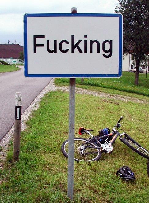 Fucking,_Austria,_street_sign.jpg (95 KB)