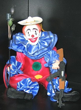 my13 008 Scarey Clown wtf