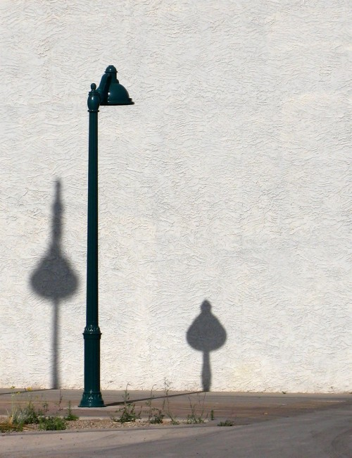lonely lamppost.jpg (517 KB)